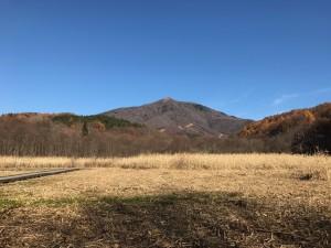大谷地からの飯縄山